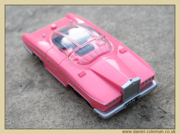 Lady Penelope's Rolls Royce - with button